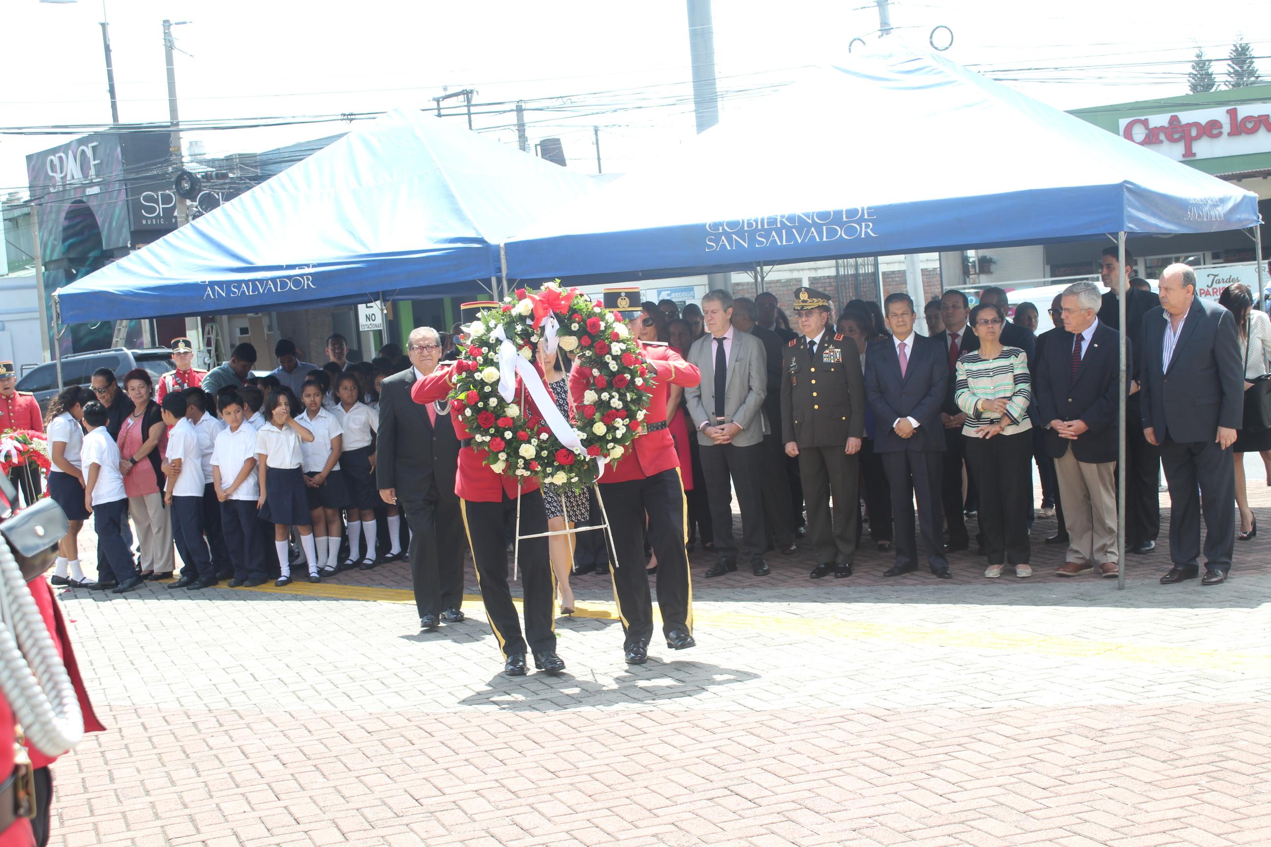 Conmemoración de Independencia del Perú en El Salvador